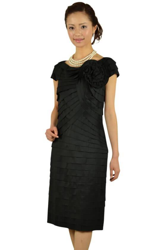 タダシ・ショージ (Tadashi Shoji)上質ブラックティアードドレス