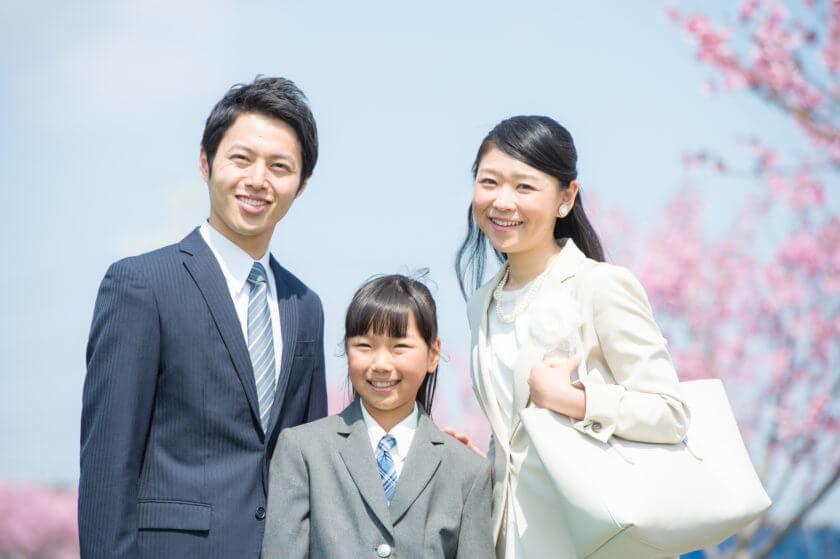 中学校の卒業式 母親はスーツ?色は?マナーとおすすめ服装まで大公開